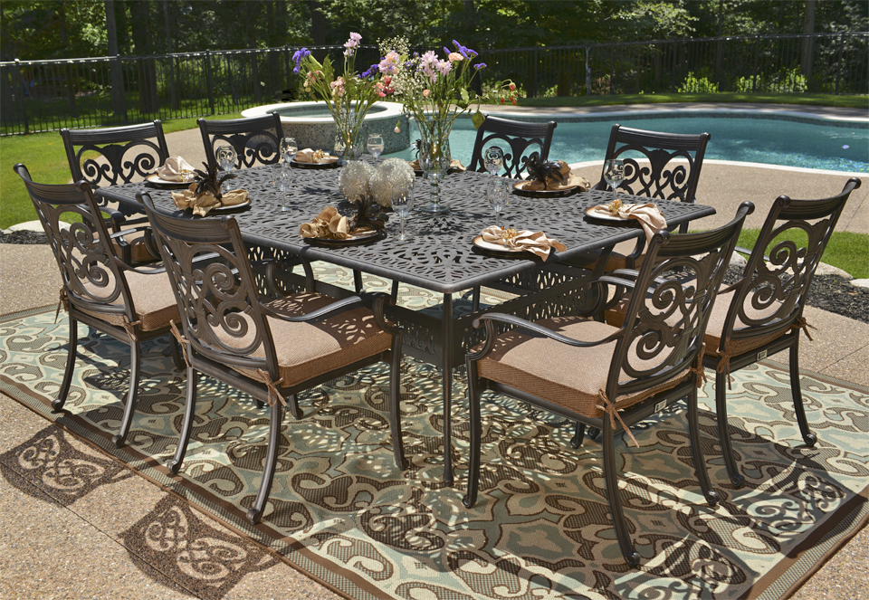 Light Cast Aluminum Patio Furniture