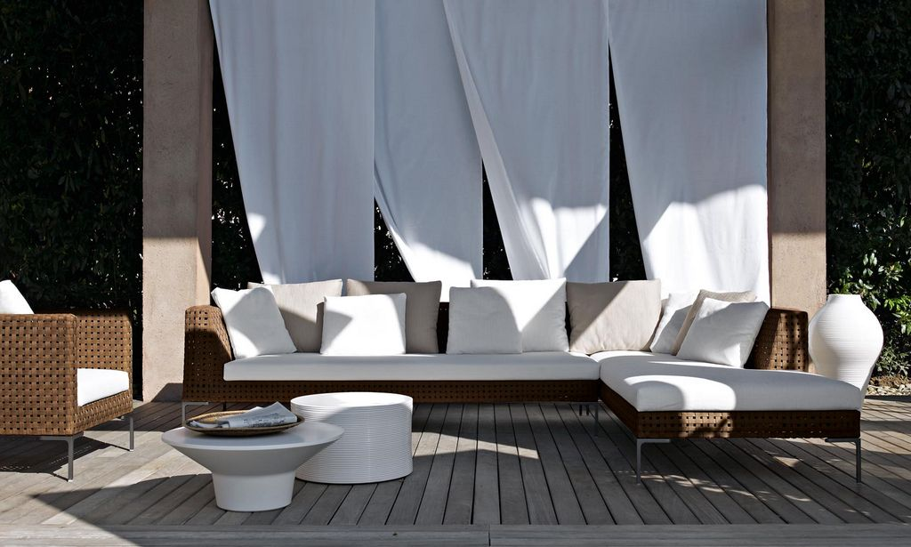 Fascinating Contemporary Outdoor Furniture