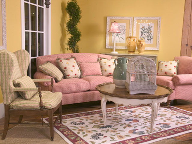 Charming Country Style Furniture