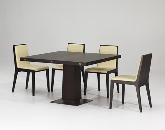 Sweet Dining Table And Chairs