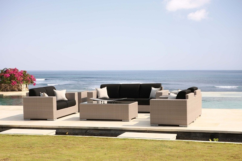 Beautiful Luxury Garden Furniture