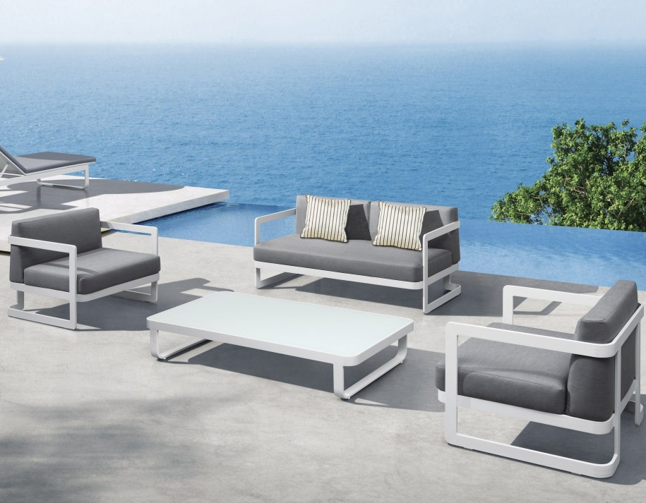 Lovely Modern Outdoor Furniture