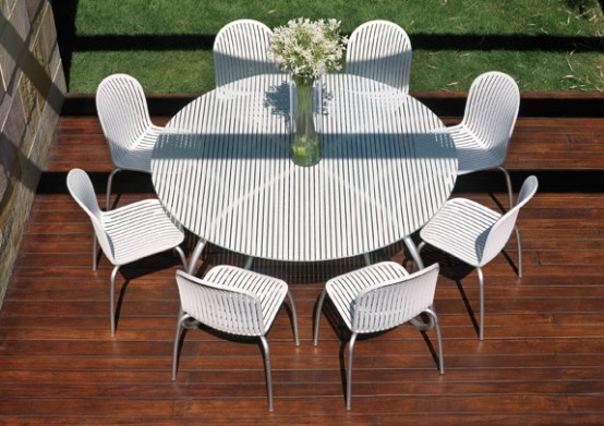 Stunning White Patio Furniture